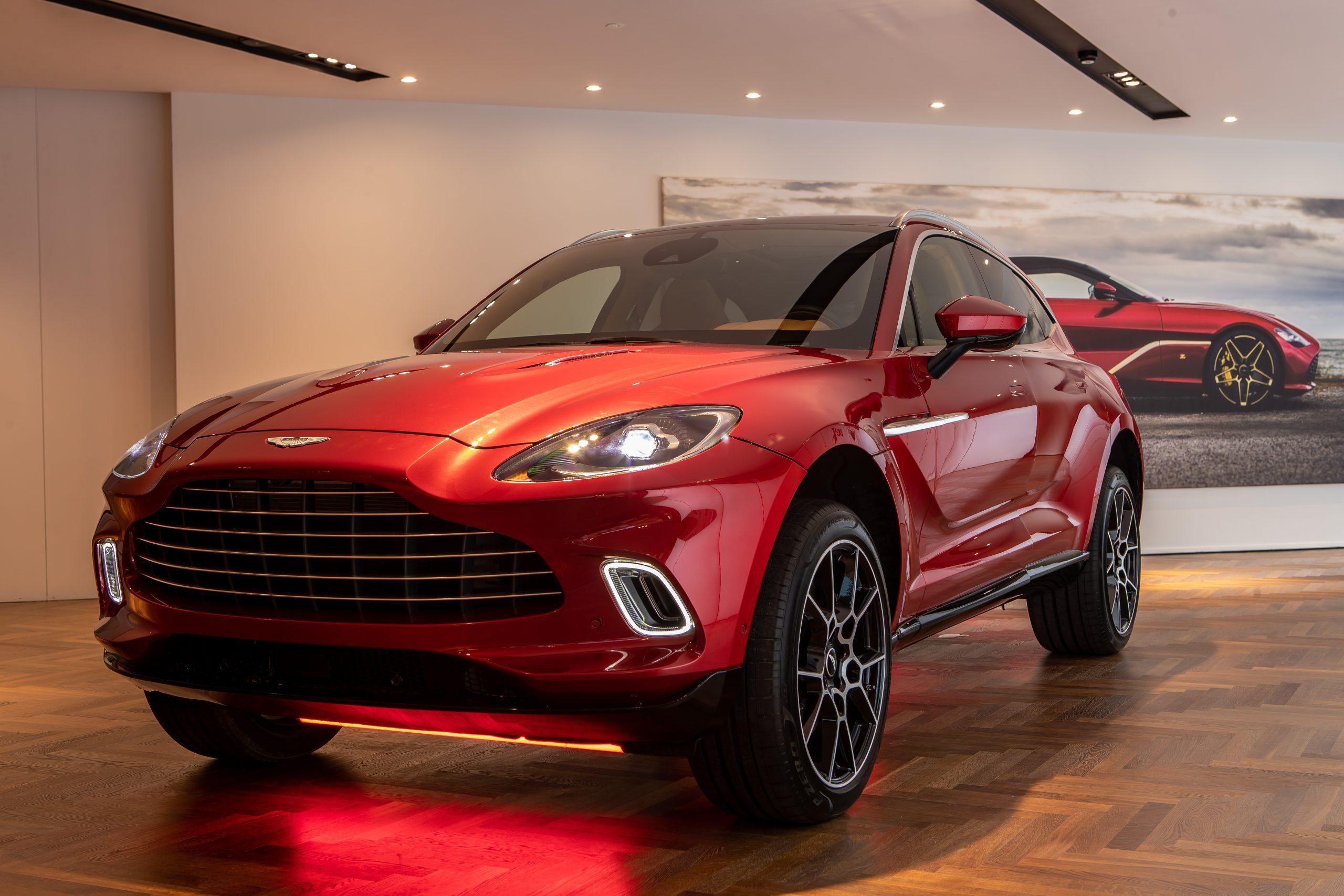 Inaugurazione Aston Martin Milano 2019